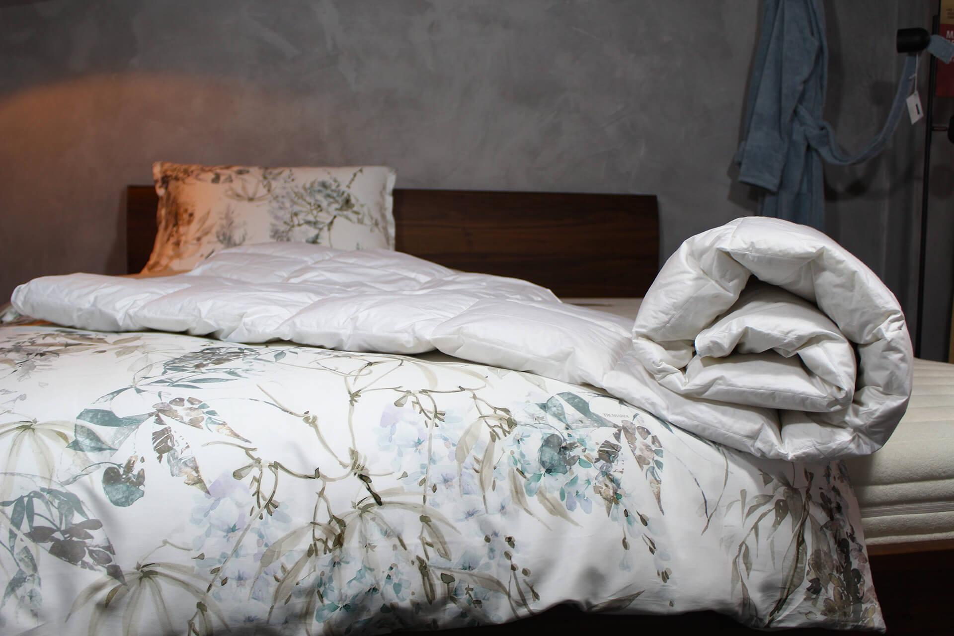 Loiva Summerlight - Zomerdekbed van Ganzendons 140 x 200 cm - Eenpersoons